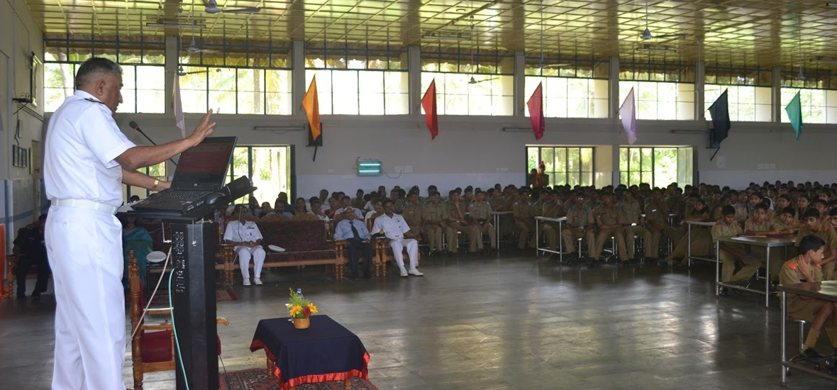 The-Ignite-Sessions-2014-Sainik-School-Kazhakootam-Rear-Admiral--K-Jyothish-Kumar-4