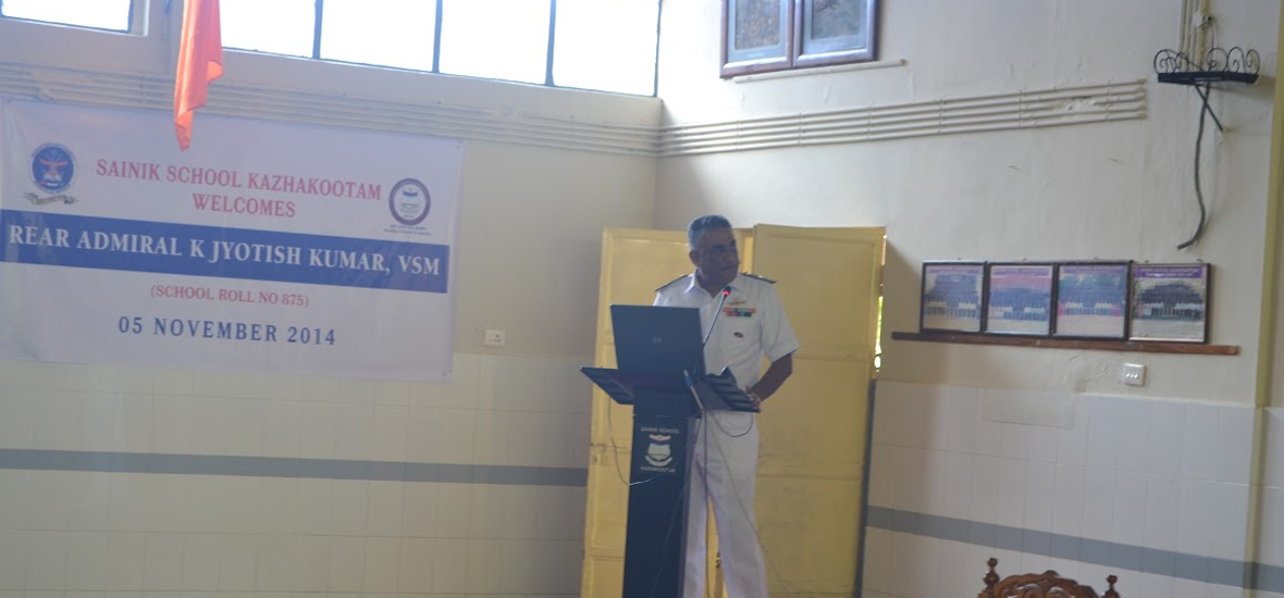 The-Ignite-Sessions-2014-Sainik-School-Kazhakootam-Rear-Admiral--K-Jyothish-Kumar-6