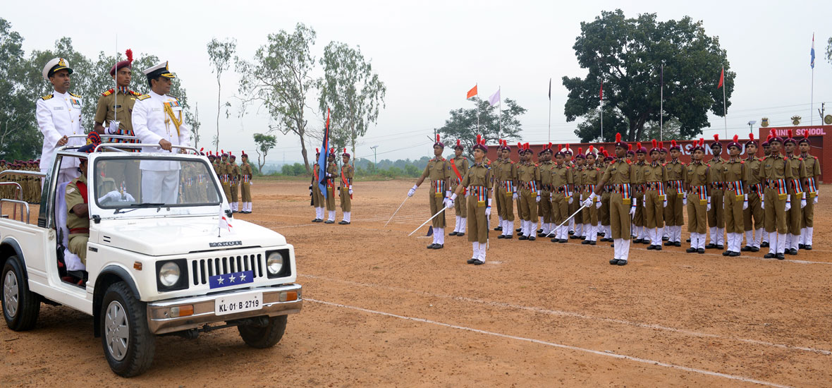 Passing--Out-Parade-2014-Sainik-School-Kazhakootam-1