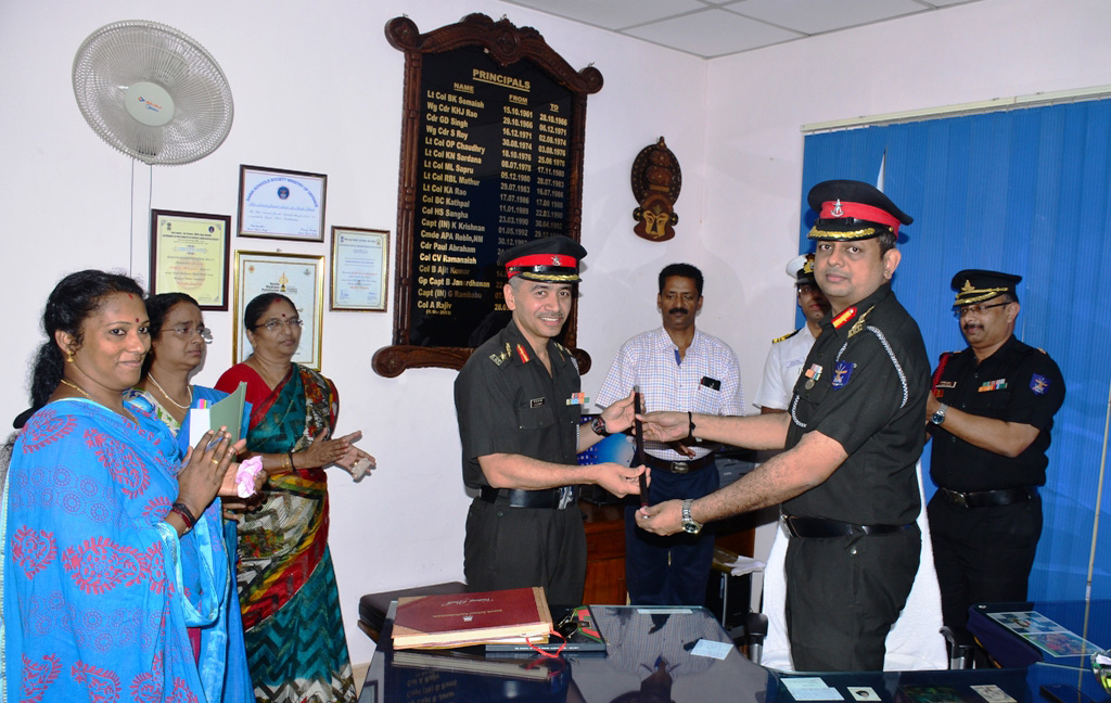 Col-A-Rajiv-Principal-Sainik-School-Kazhakootam-hands-over-charge